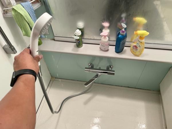 新規浴室蛇口取り付け後。